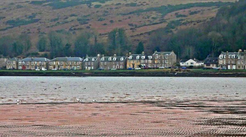 Kilchattan Bay village from the beach